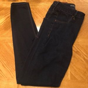 American Eagle Sky High Jegging in SIZE US 4